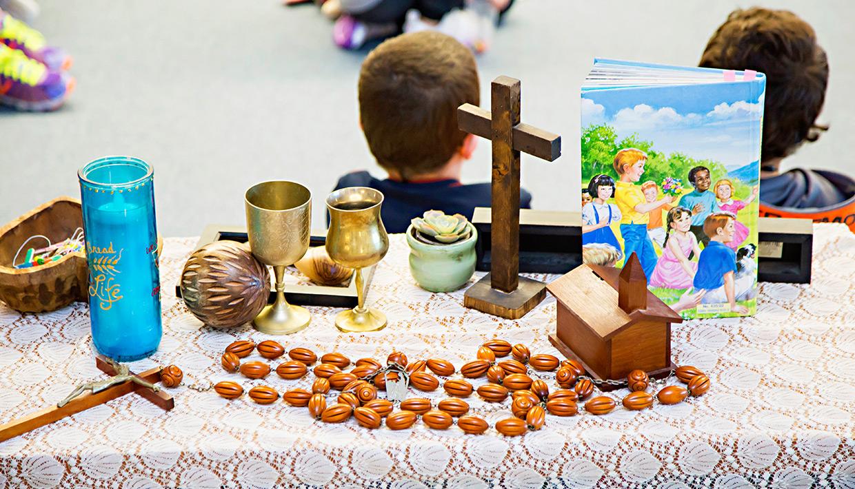 Listowel864-religious-table